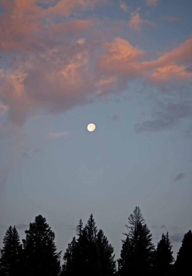 Yellowstone moon